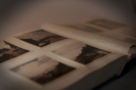 PIXABAYphoto-album-235603_1920
